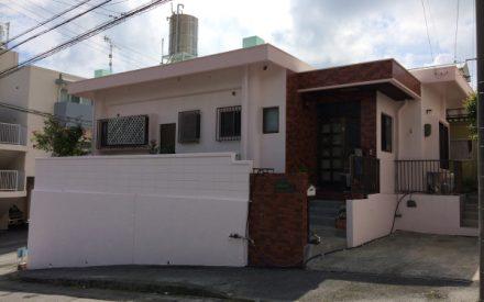『 ピンク色で爽やかな家へ 』外壁補修・外壁塗装・屋上遮熱防水工事(沖縄県西原町)