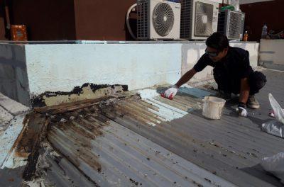 一級ウレタン防水技能士頑張ってます!💧防水工事中です(沖縄県西原町にて)