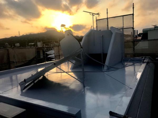 屋上遮熱防水工事をご紹介します。(沖縄県西原町にて)
