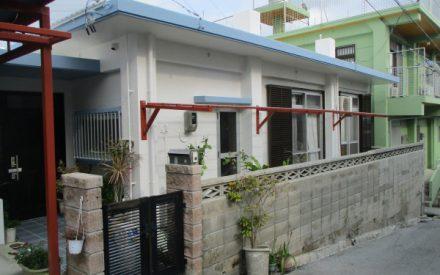 『 白色と水色で美しく 』外壁補修・外壁塗装・屋上防水工事(沖縄県西原町)