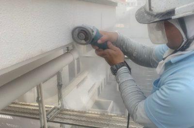 ~外壁塗装リフォーム~  外壁補修中です。