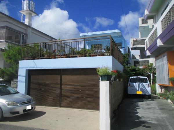 『沖縄の海のように美しく』 外壁塗装、屋上防水リフォーム工事(沖縄県西原町)