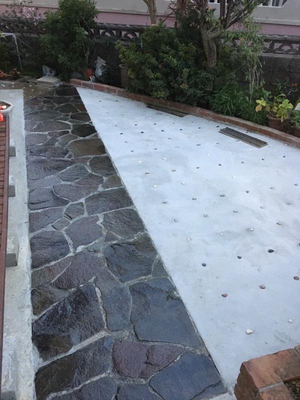 土間打ち・レンガ積み・鉄平石貼り・ブロック塀補修・擁壁補修・整地