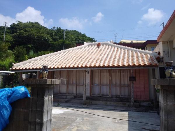 赤瓦改修工事(八重瀬町にて)