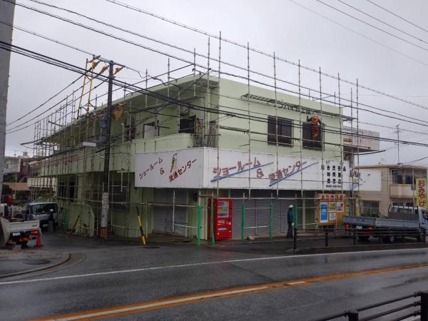 外壁塗装・足場解体工事 (那覇市にて)