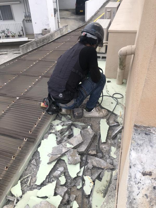 寒さに負けず!屋上防水工事!
