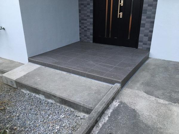 外構工事 タイル張り替え(西原町)