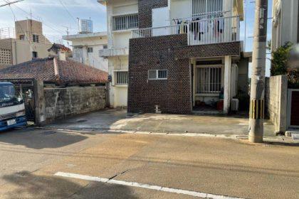 外構工事 駐車場ブロック、テラス解体(那覇市)