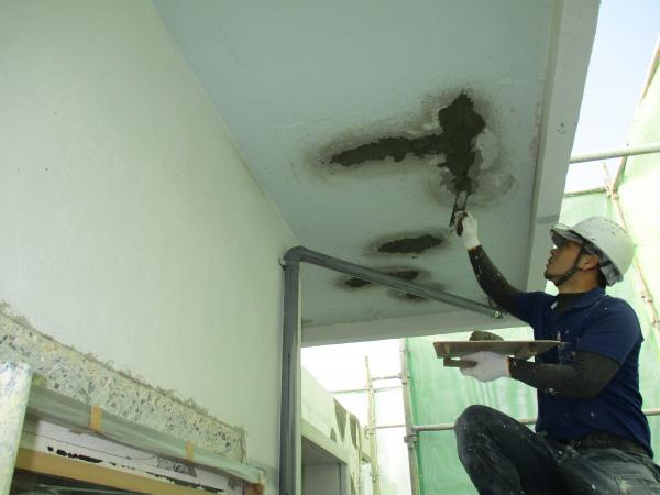 外壁ひび割れ補修、ペンキ塗り替えリフォーム進捗報告(沖縄県浦添市)Ⅱ