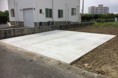 駐車場工事(大きめにつくりました。)