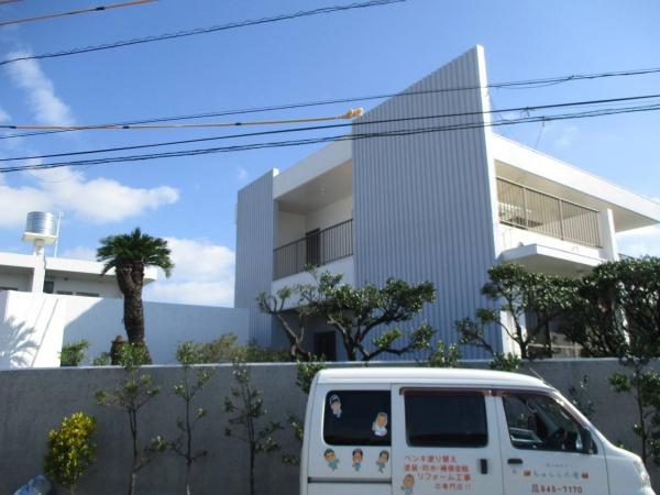 『白とグレーでシンプルに美しく』外壁補修・塗装