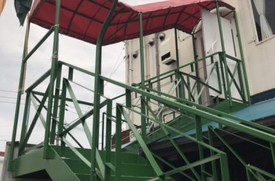 鉄骨階段の補修、塗装工事(中部)